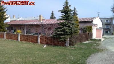 Obrázek k inzerátu: Prodej domu s hostincem, prodejnou a 2 byty